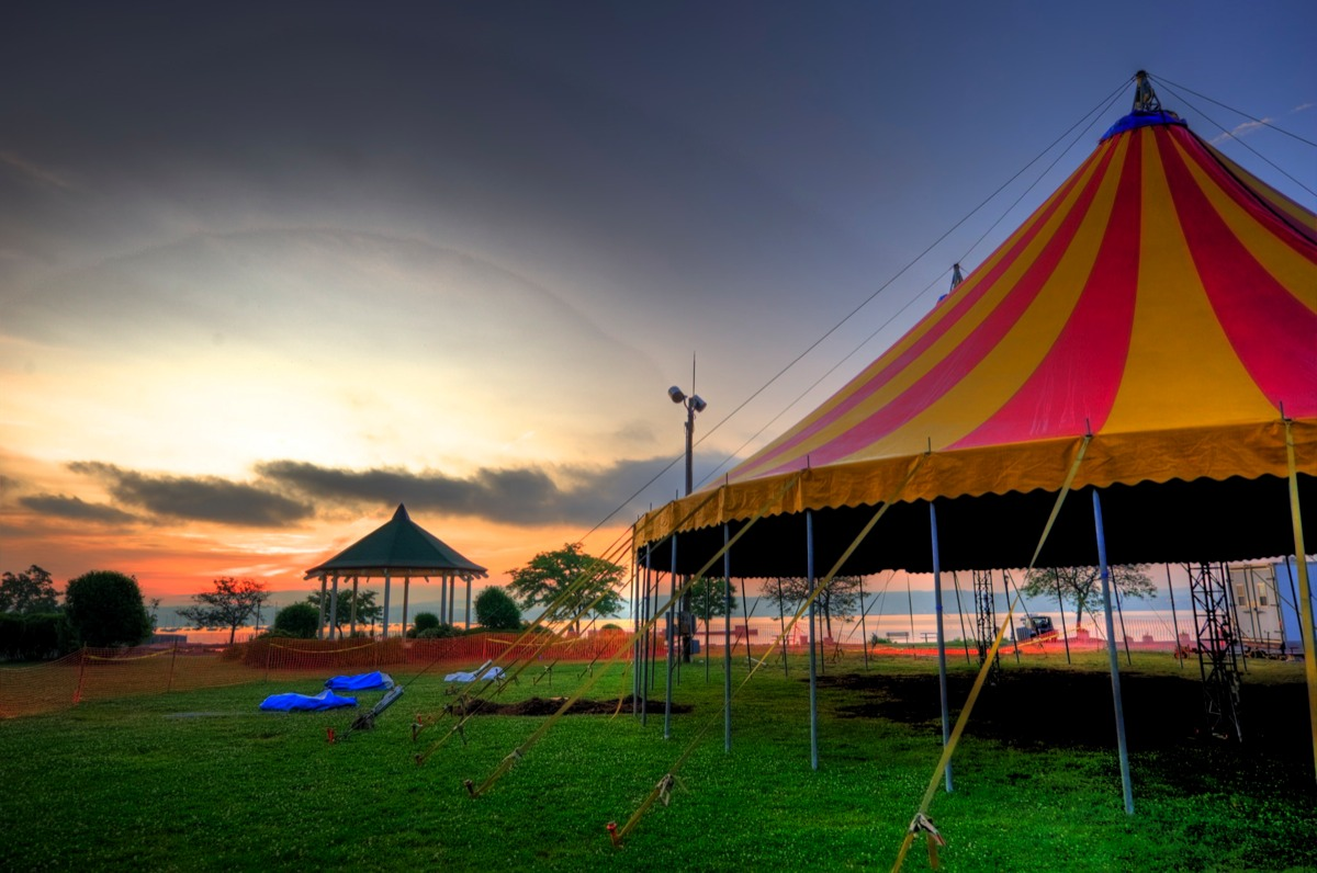 Cirque Passion at Dawn. Photo by Roufa M.D. & Welcome to Cirque Passion
